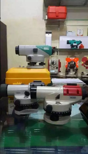 Used total station with all accessories